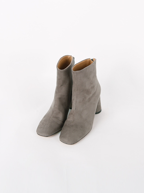 [SALE] Still pretty, ankle boots (Fitting Shoes 235)