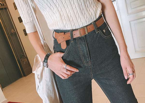 Square, dream, belt