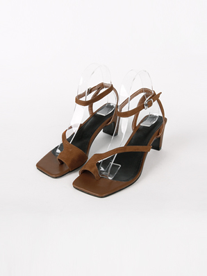 [SALE] Forma, Sandal Hill (Fitting Shoes 245)