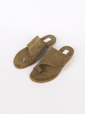 [SALE] Low key, Slippers (Fitting shoes 235,240)