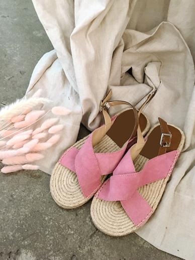Shuez, Sandals
