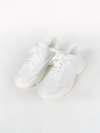 [SALE] Shining Run, Sneakers (Fitting Shoes 240)
