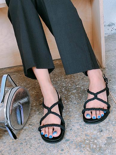 Hockin, Sandals