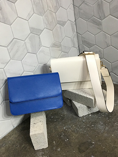 Edge Square, Bag