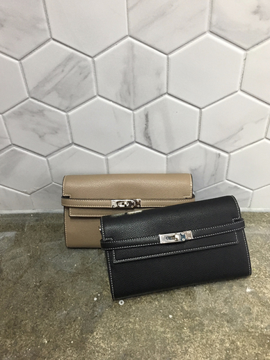 El Mini, Bag