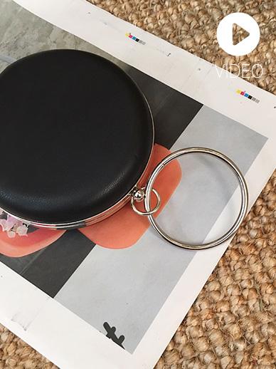 Circle Watch, Bag