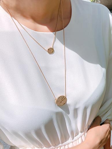 Circle line, Necklace