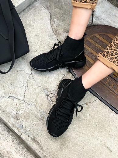Oreos, Sneakers