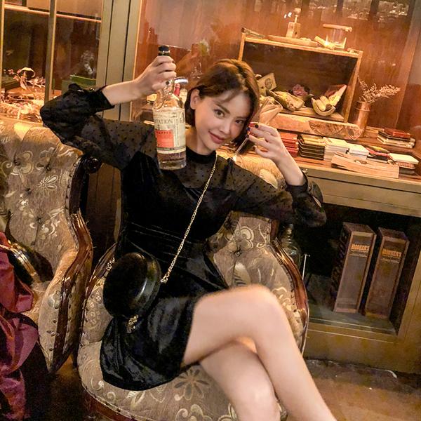 Velvet, Dress (Model SONGYI)