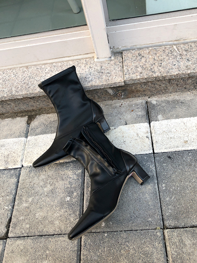 Revolution, ankle boots