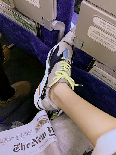 Ejib, Sneakers