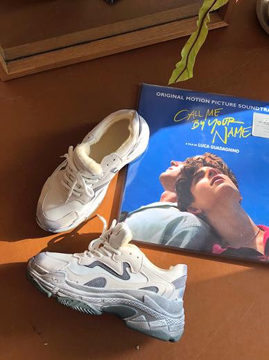 Vin Tor, Sneakers