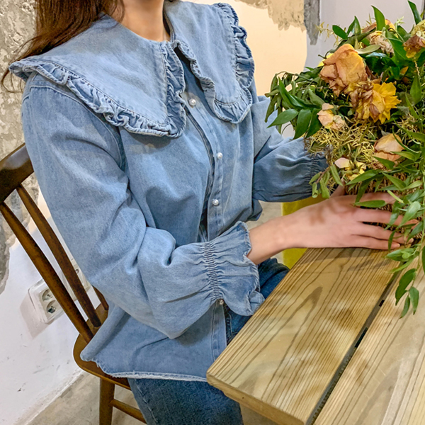 Refresh, Denim Shirt <br> <font color='red'>★ The best item in KONGSTYLE !! ★</font> <br> <font color='gray'>Same day shipping when ordering Light Blue alone</font>