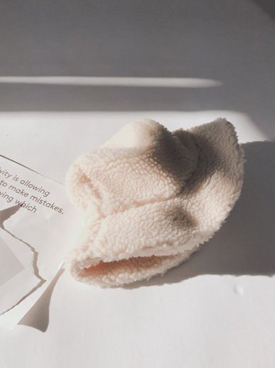Magnes, Wool Hat