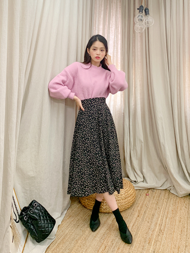 Flower Hollic, Skirt <br> <font color='gray'>Black same day when ordering alone</font>
