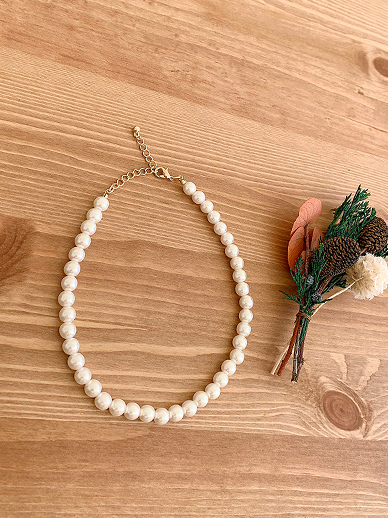 Pearl Short, Necklace