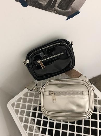 Moivin, Bag